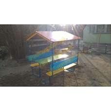 Столик для детского сада с навесом